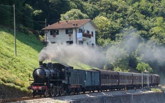 Locomotiva 625 100 Ferrovie Turistiche Italiane