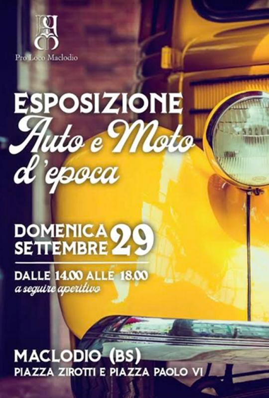 Esposizione di auto e moto d'epoca a Maclodio
